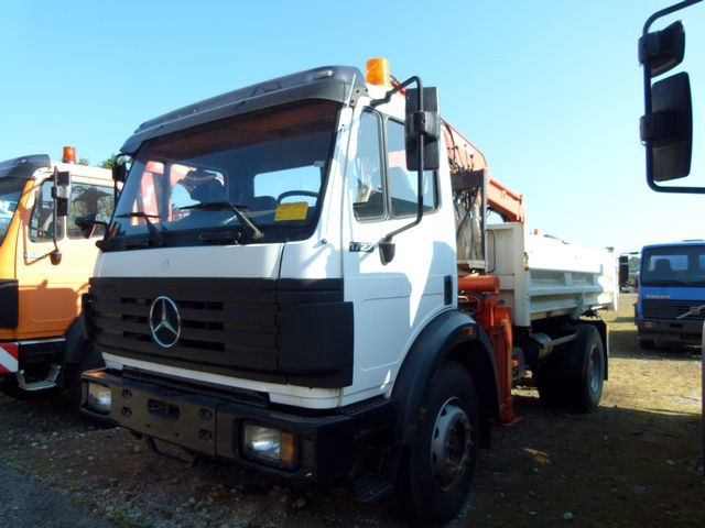 Mercedes-Benz 1717 K 4x2 + Atlas 100.1